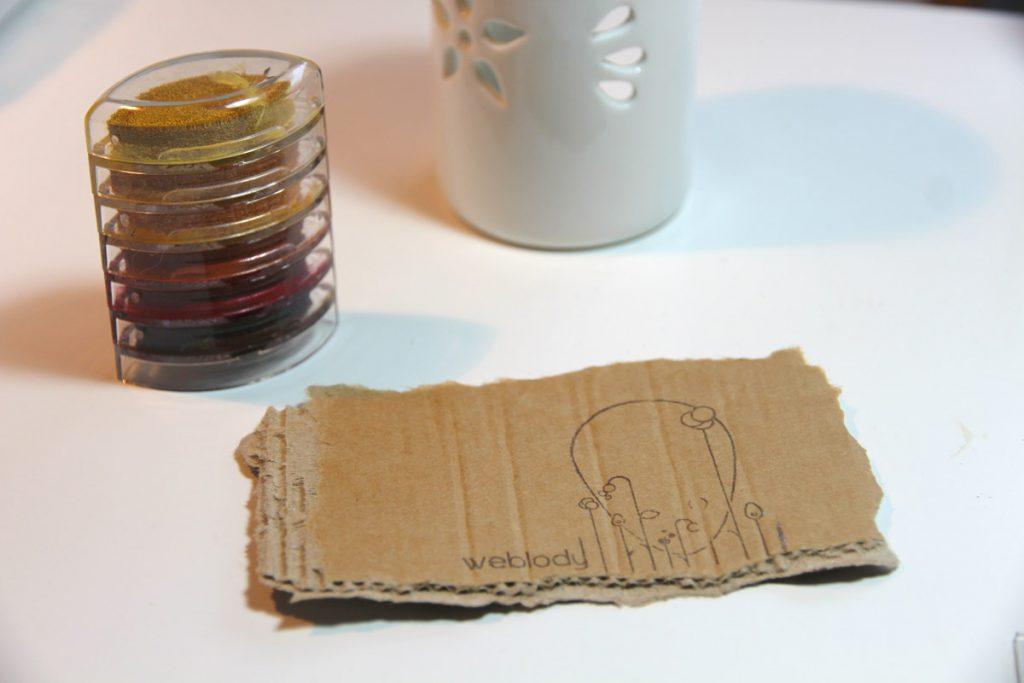 Carte de visite Tampon, création recyclage Weblody
